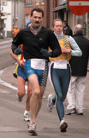 http://www.alexchiu.com/eternallife/jogging.jpg